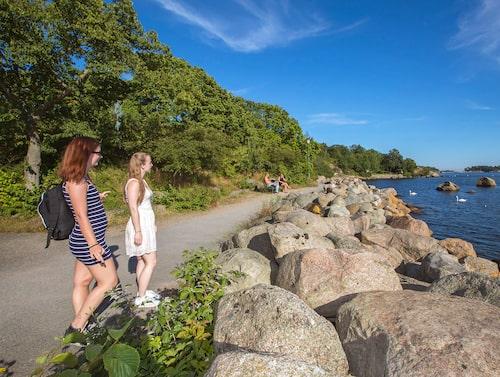 Strandpromenaden i Karlshamn är en härlig vandringsled.