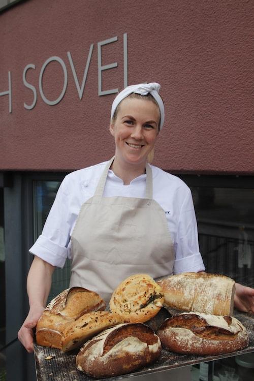 Frida Wigstrand, bagare på Bröd & Sovel i Växjö.