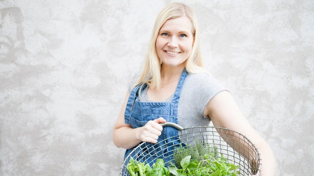 Människans suktande efter sötsaker har sitt ursprung långt bak i tiden, berättar licenserade kostrådgivaren Annika Malm.