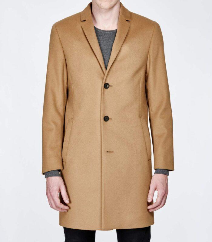 Kamelfärgad ullrock från Calvin Klein, 3 999 kronor .OSCAR ARRSJÖS FAVORIT