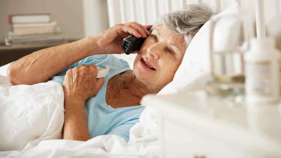 Årets influensa kan bli extra svår för de äldre, varnar Folkhälsomyndigheten.