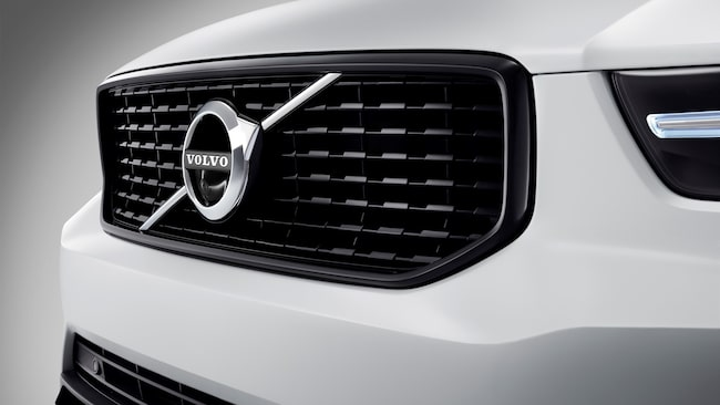 Är din bil en Volvo uppfattas du, enligt Sifos undersökning, oftast som socialdemokrat. Men även moderater och sverigedemokrater anses köra det svenska bilmärket.