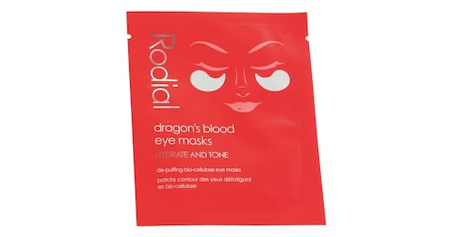 Uppstramande och lugnande ögonmask med bland annat hyaluronsyra, Rodial Dragon's blood eye mask single sachet