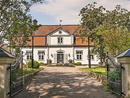 Hessle gård utanför Enköping.