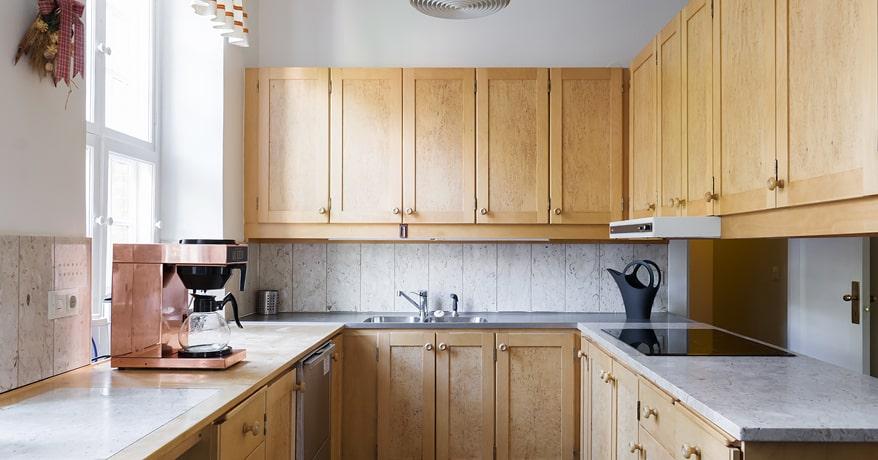 Köket är modernt och allt i toppskick.