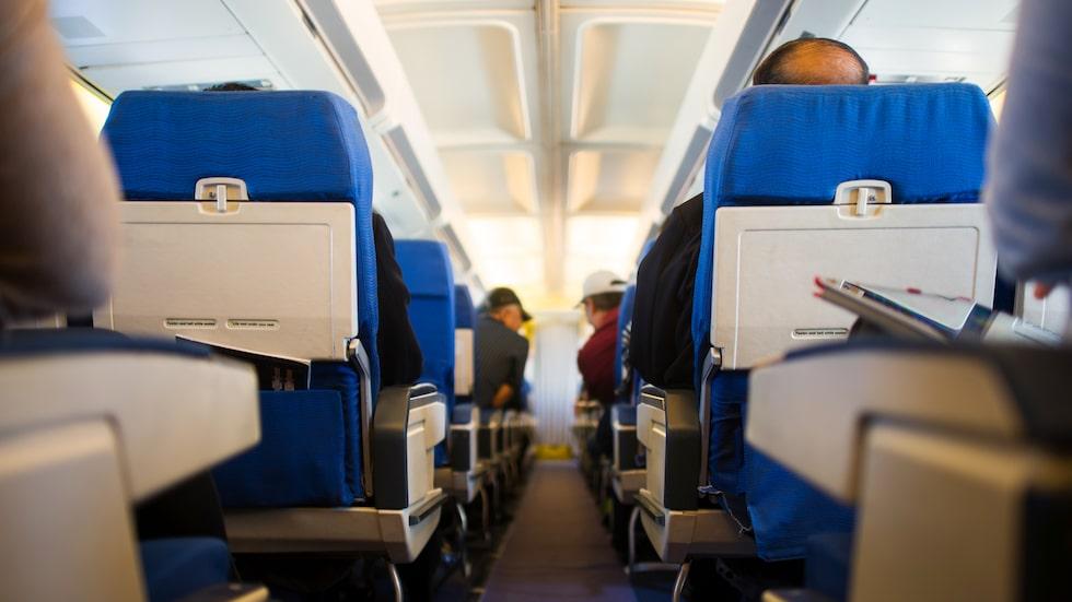 """United Airlines beklagar det inträffade och tar på sig fullt ansvar för händelsen. I ett uttalande beskriver flygbolaget det inträffade som """"en tragisk händelse som aldrig borde ha inträffat""""."""