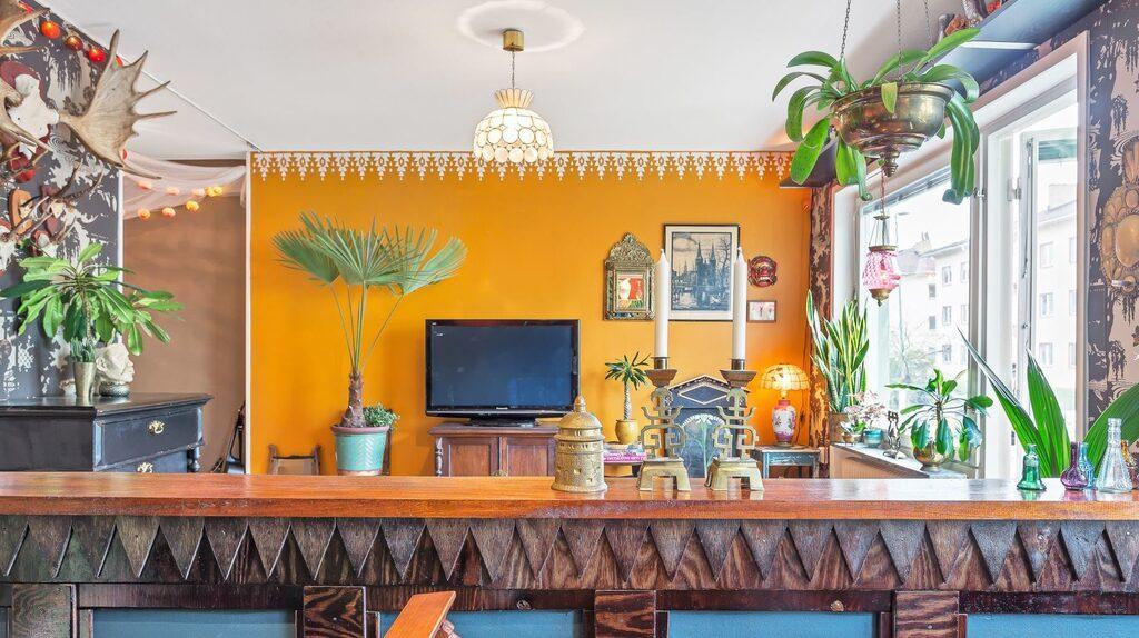 Lägenheten ligger i Fålhagen i Uppsala och är en enrummare på 38 kvadratmeter.