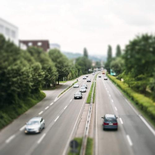 Om du ska bilsemestra utomlands bör du kolla upp lokala trafikregler.