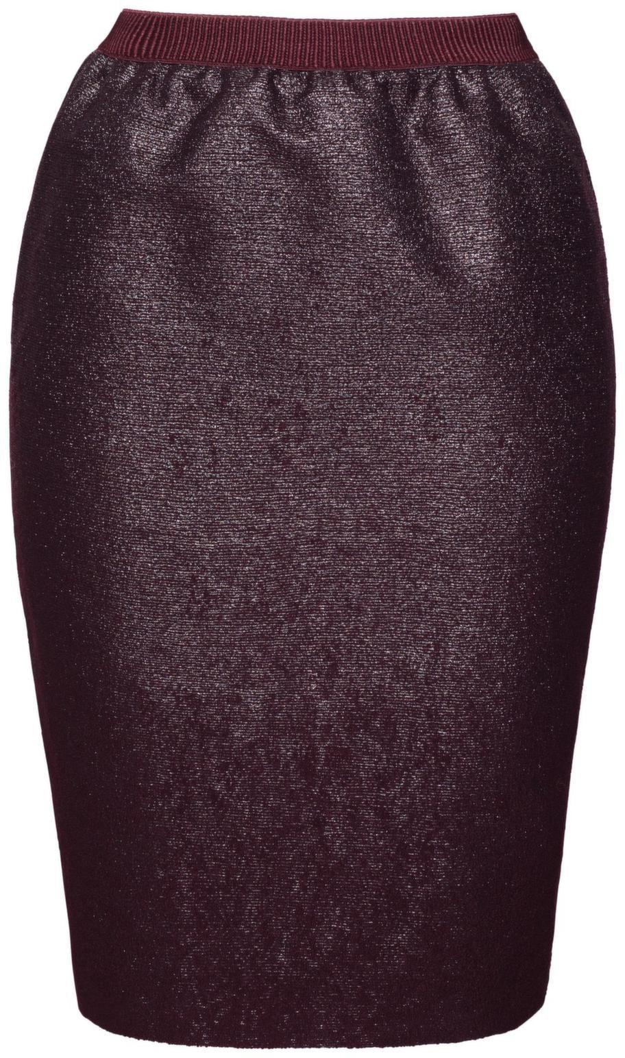 Välj hög midja på kjolar och byxor. Den här pennkjolen har rynkeffekt i midjan vilket breddar höfterna. H&M, 399 kronor.