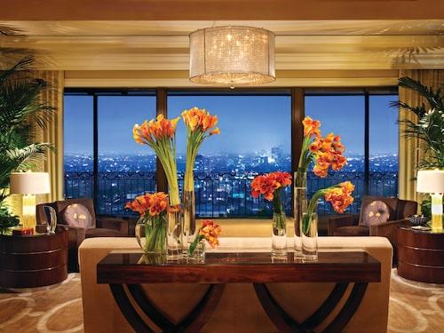 Lev lyxliv i Beverly Hills om du har några miljoner över.