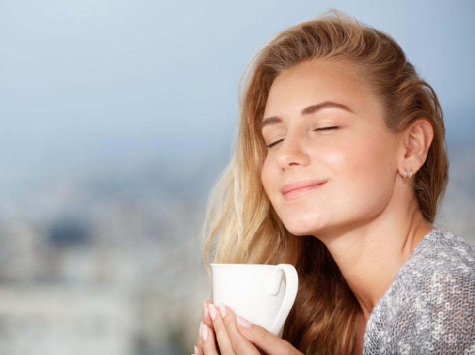 För många svenskar är kaffe närmast nödvändigt för att klara av dagen.