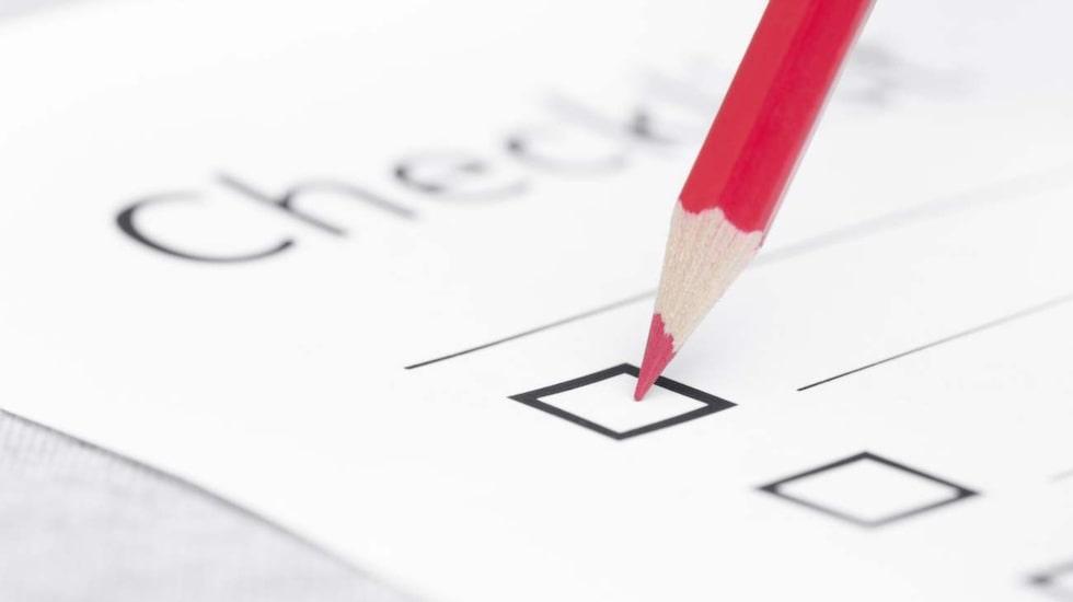 Har du checklistor och att göra-listor lite här och var? En app i telefonen, en lapp i plånboken och en lista på kylskåpet? Samla allt på samma plats i stället!