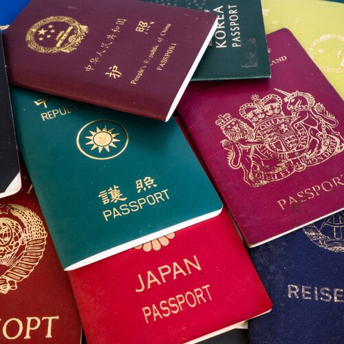 Olika färger i olika länder.