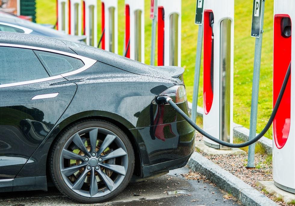 Den nya metoden fungerar även på elbilar. Aldrig mer behöva vänta på uppladdning!