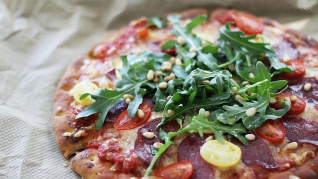 Så här gör du en norrländsk pizza – enkelt och gott