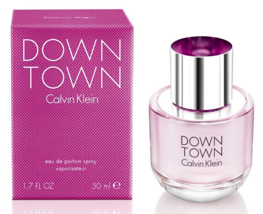 Fnittrigt<br>Down town, 475 kronor/ 30 ml, Calvin Klein – den här skänker mig ett leende på läpparna. Neroli bjuder på fräschör, päron och plommon ger en härlig kropp och vetiver ger ett fint avslut och grund.