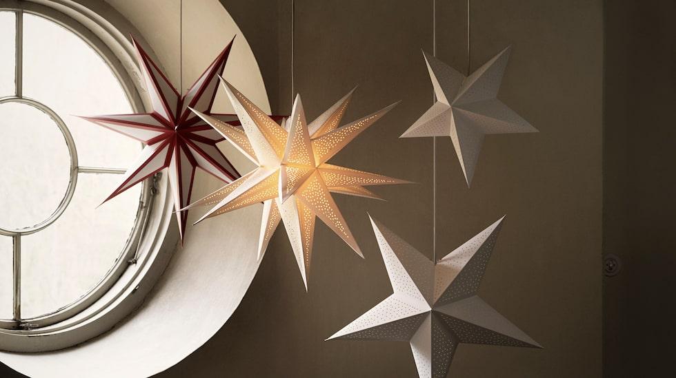 Ikeas lampskärm Stråla finns i många varianter och färger.
