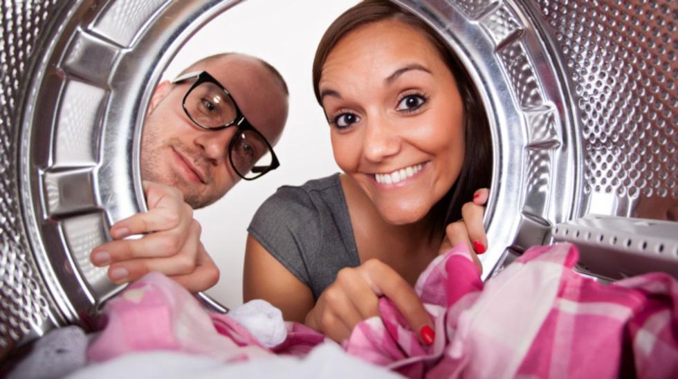 Vilken tvättstrategi har du? Tvättar du först när du har ett enormt berg, eller tvättar du lite i taget? Ett tips om du tycker att tvätten är deppig är att testa en ny strategi.