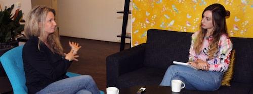 I samtal med Söndags reporter Frida Anter.