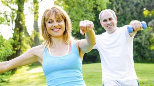Nu kan det vara dags att komma igång med att motionera. Det behövs inte för att gå ner i vikt med LCHF, men det kan vara en bonus.