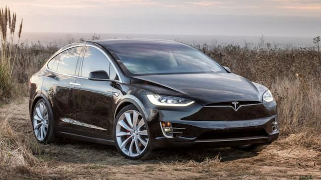 Tesla Model X är en riktigt dyr bil. Men de som skaffar en kommer inte att bli besvikna.