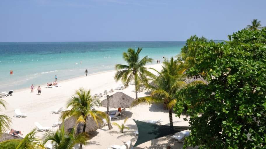Seven Mile Beach, JAMAICA.