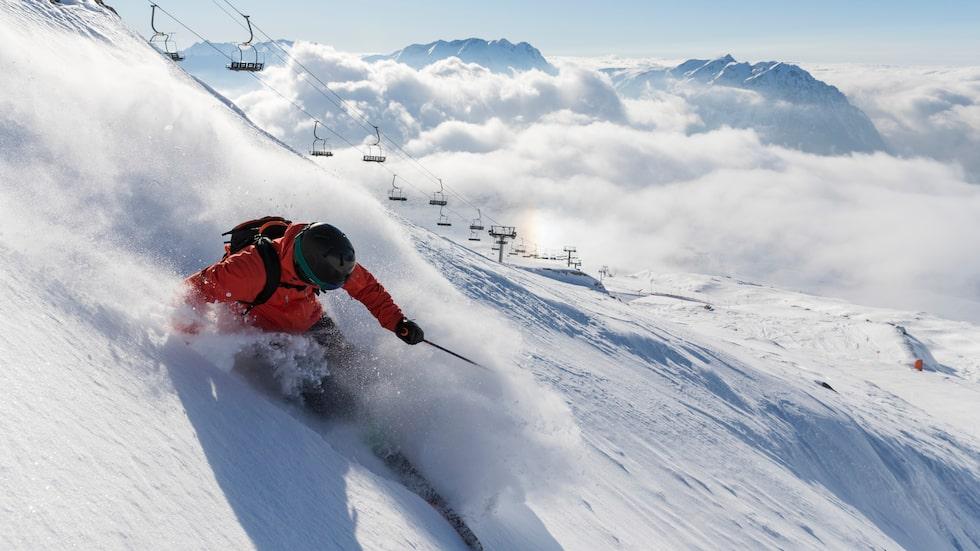 Här finns några av Alpernas längsta pister och fantastisk offpist-terräng.