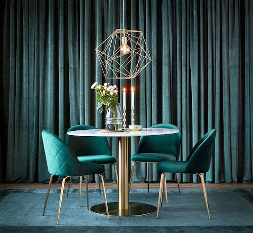 Stolen Kiwi och bordet Tiffany.