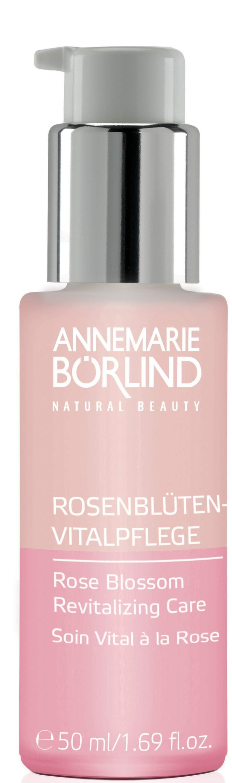 Rosor för huden<br>Extrakt av rosenknoppar utgör basen för detta lyxiga serum som ger huden fukt och lyster och hjälper mot tidigt åldrande. Börlind, Rose blossom, 50 ml, 339 kronor, beautyplanet.se.