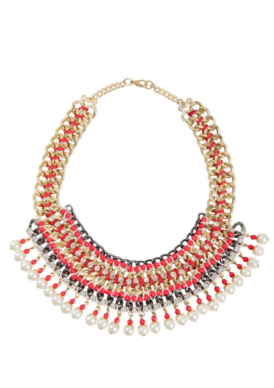 Piffa upp looken med ett halsband. Det här kommer från Cubus och kostar 129 kronor.