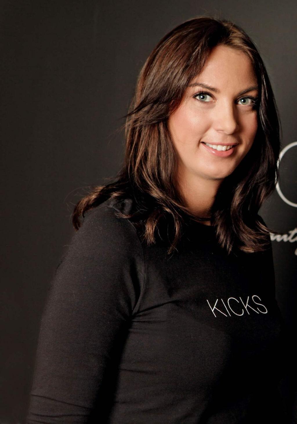 <p>Petra Jansdotter, makeup-artist på Kicks.</p>