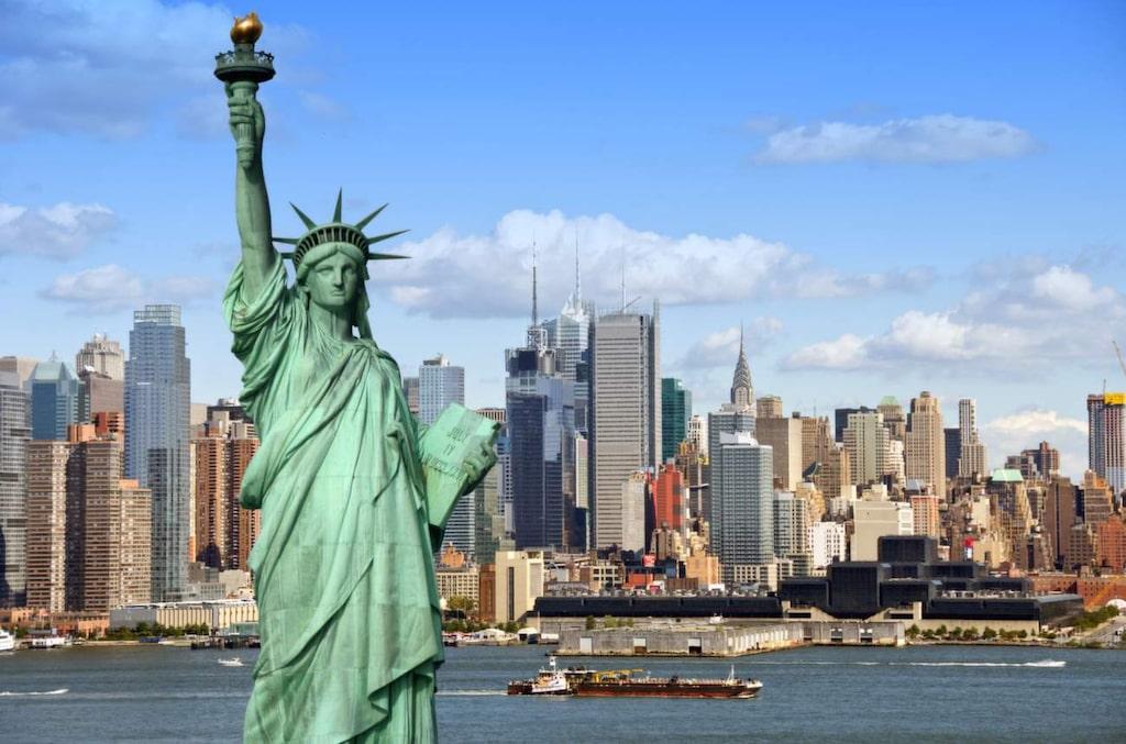 <p>Det gäller att ha lite framförhållning om du vill få mer pengar över till julshopping i New York.<br></p>