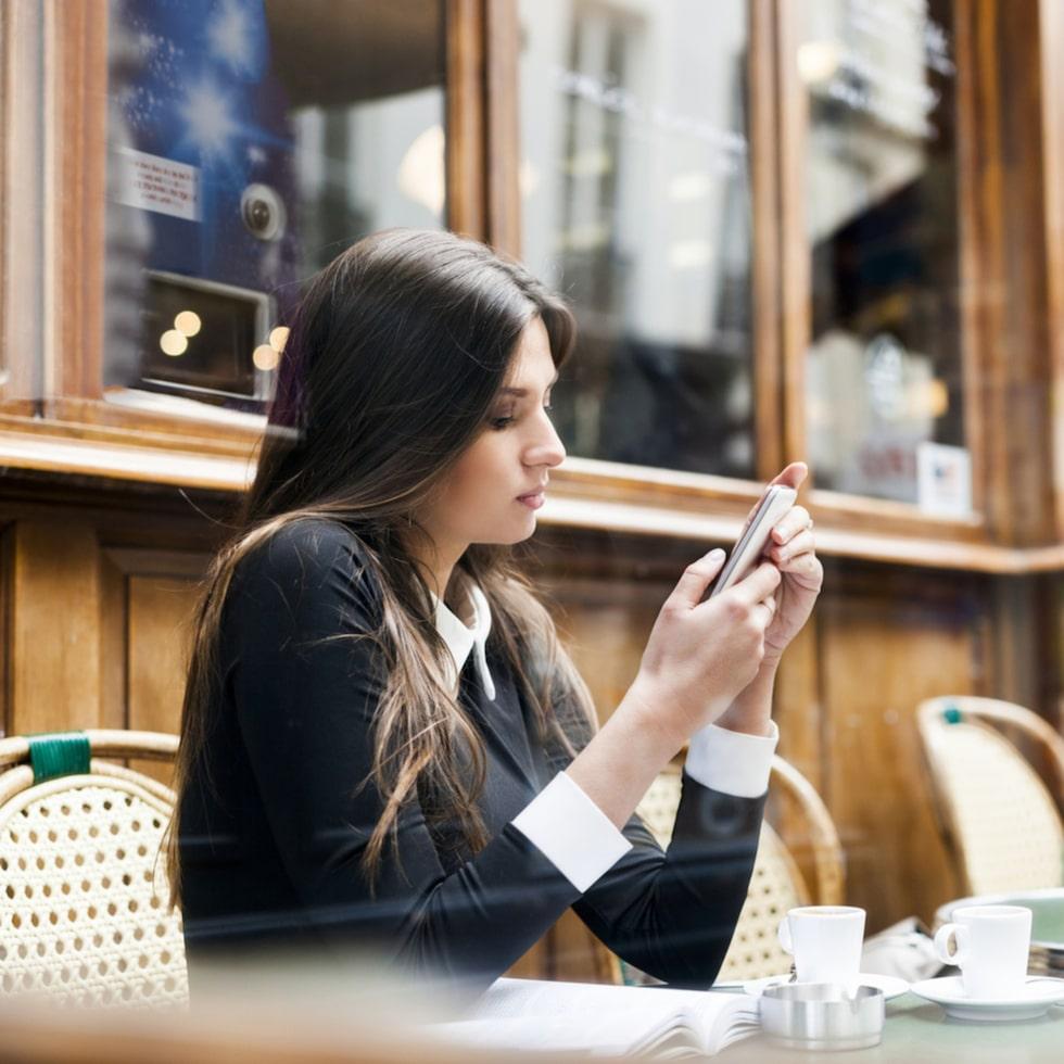 Be inte om ursäkt för att du pratat för mycket under en middag. Tacka i stället dina kompisar för att de är tålmodiga.