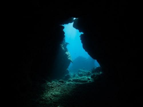Dyk i grottor på Fiji – ett måste om du inte är gravid.