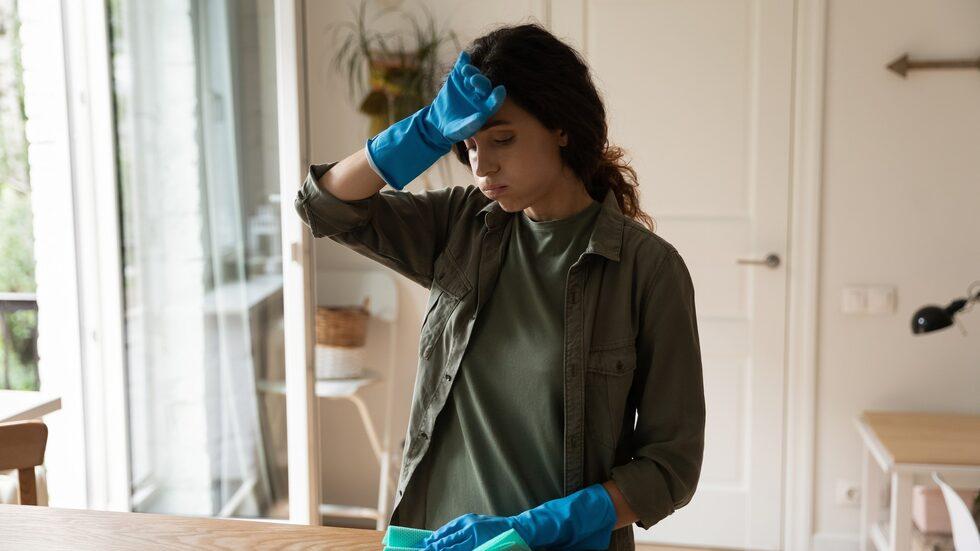 Även om man vanligtvis är bra på att hålla ordning kan det vara svårt att städa när man mår dåligt psykiskt.