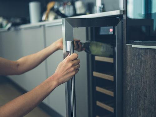 En vinkyl kan vara till bra hjälp när du vill förvara ditt vin.