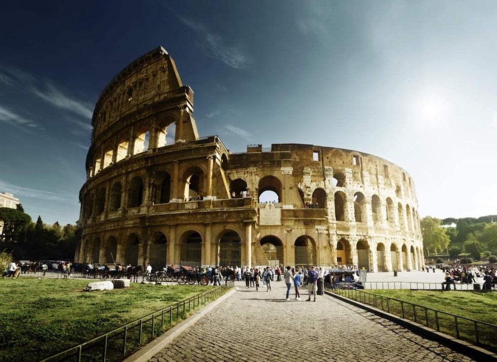 Rom. Här finns det mycket att se, men inget går upp mot att sätta sig på en uteservering och njua av den italienska maten och drycken.