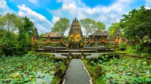 Staden Ubud på Bali bjuder på ett rikt kulturliv.