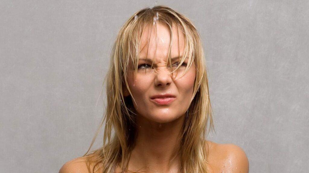 <p>Hur ofta man ska duscha för att hitta en bra balans? Det beror helt på din hårtyp, menar experterna.</p>