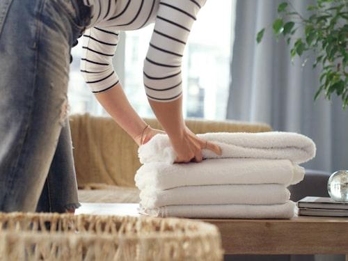 Ladda upp med två-tre torra handdukar.