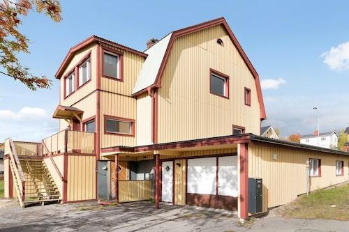 Det här huset kan bli ditt för 60 000 kronor.