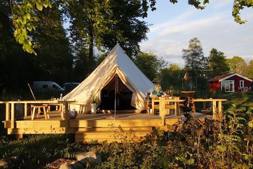 Glamping på Urshults camping.