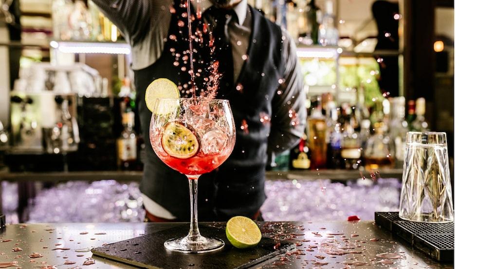 Varje år undersöker Drinks International vilken klassisk cocktail som säljer bäst.