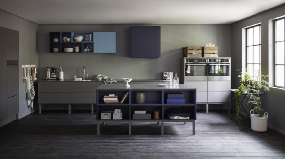 Trendig industrikänsla. Vedums nya kök med luckan Maja.