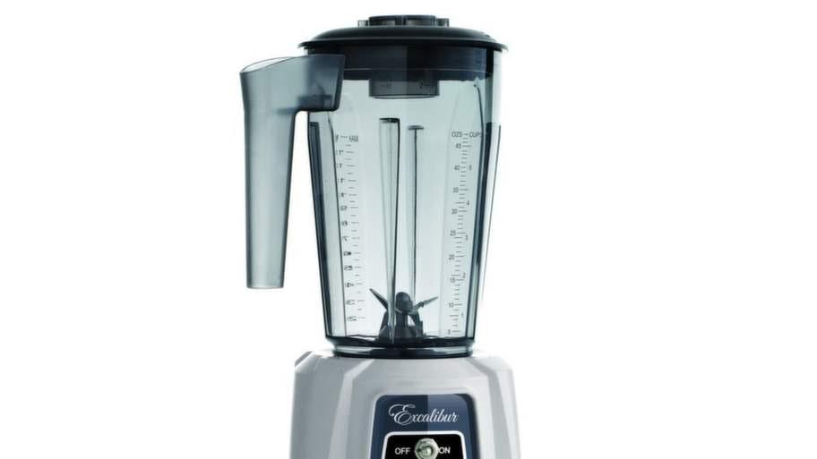 Tycker du mixern är jobbig att diska? Det behöver den inte vara! Fyll den med varmt vatten och en droppe diskmedel. Sätt sedan i gång mixern i några sekunder, häll ut, skölj några gånger och låt torka.