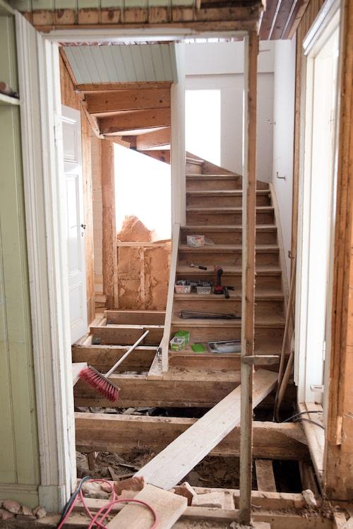 Så här såg trappan ut under renoveringen.