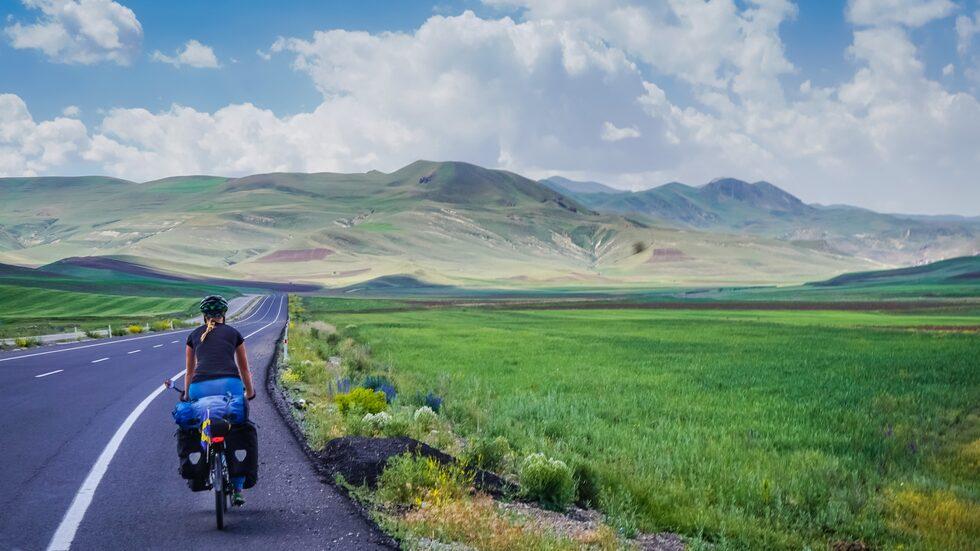 90 procent av tiden har hon cyklat ensam.