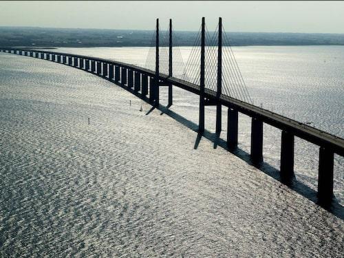 Öresundsbron - som knyter skåningarna till kontinenten.