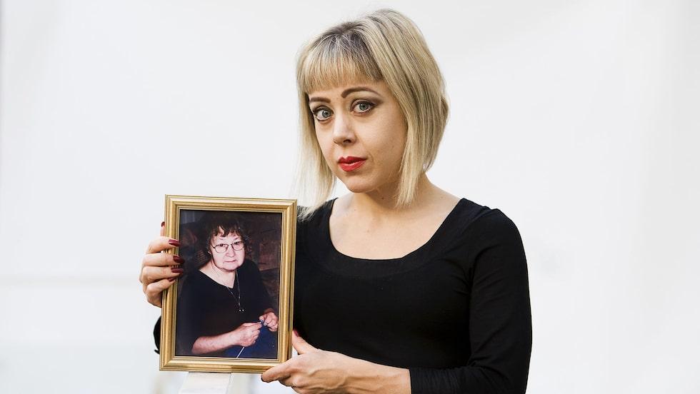 Anna Bäséns mamma blev 71 år. Om hon hade fått samma hjälp som en yngre person kanske hon hade levt i dag.