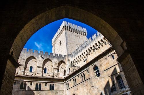 Palais des Papes, påvepalatset, iAvignonär en av de största byggnaderna från 1300-talet.